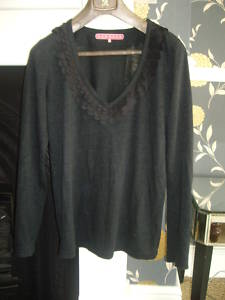 MANOUSH Size M Long Sleeved Grey Top