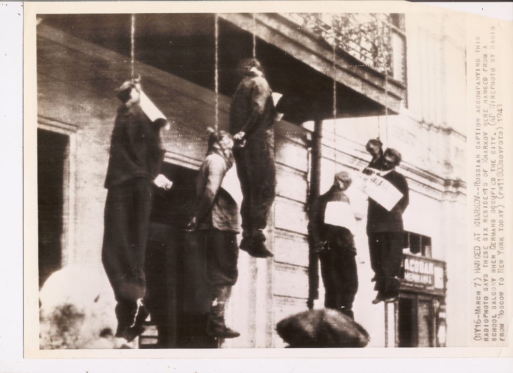 1943 ORIG Photo WW II German Atrocity HANG RUSSIANS