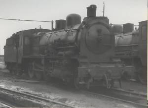 B/W Photograph  RENFE Spanish Steam Loco 140 2445 1963