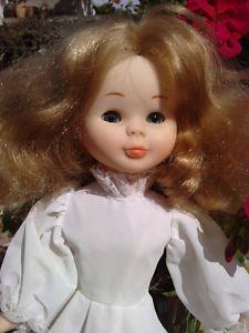 poupée NANCY Famosa muñeca FAMOSA NANCY tenida 27