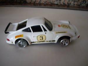 Coche SCALEXTRIC Porsche Carrera RS blanco,