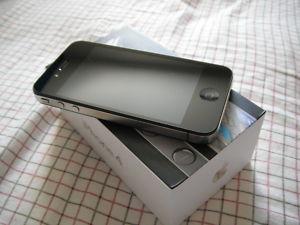 Brand New Apple iphone 4 Black (16GB)