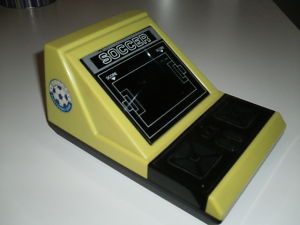 SOCCER TABLE TOP GAME HANDHELD GAME & WATCH VINTAGE