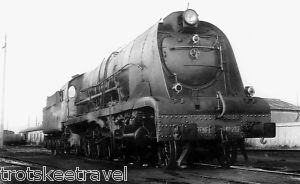 RENFE Spanish Railways Steam Loco 241 F 2102 Miranda 66