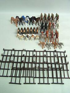 PLAYMOBIL 34 Pferde für den Reiterhof mit Zaun