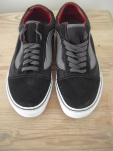 VANS Off The Wall black suede trainers size 7
