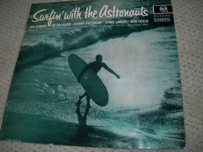 33 TOURS SIXTIES SURFIN' WITH THE AUSTRONAUTS - SURF MUSIC - BRIAN WILSON