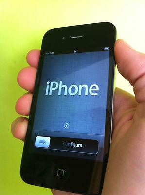 Apple iPhone 4 NEGRO 16 GB como nuevo