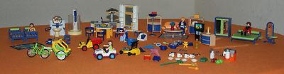 Viele Puppenhausmöbel von Playmobil