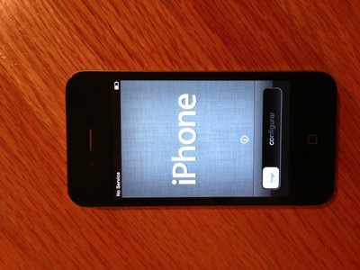 Apple iPhone 4 - 16GB - Black (AT&T) Smartphone (MC318LL/A)