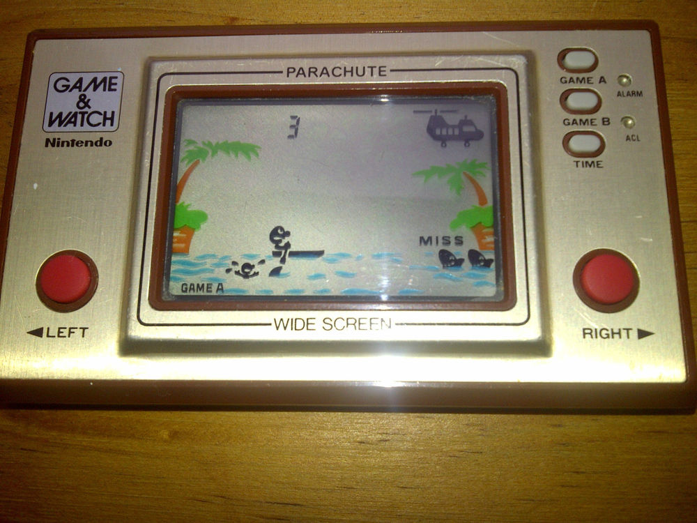 Nintendo Game and Watch PR 21 Parachute 1981 RARE and Collectible