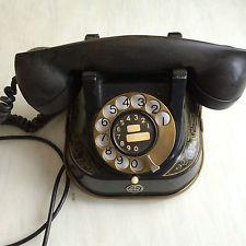 Altes schwarzes Telefon mit Wahlscheibe aus Bakelit - Marke Bell - Belgien